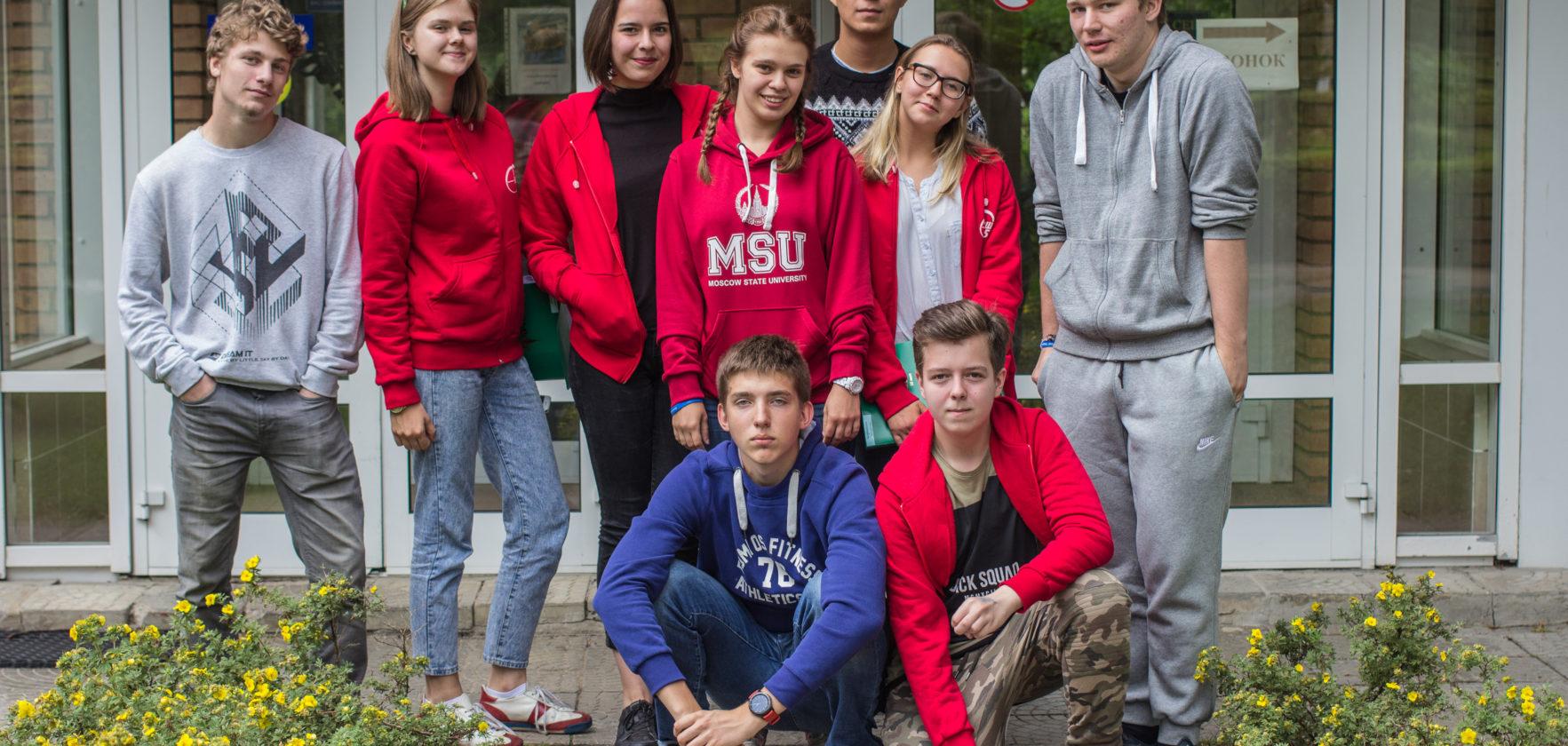 Эмшовые выпускники — первокурсники лучших ВУЗов страны
